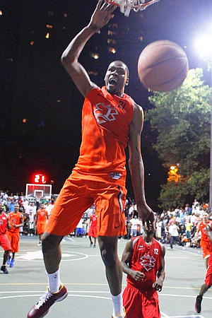 *Video* Kevin Durant Goes For 66 At Rucker Park